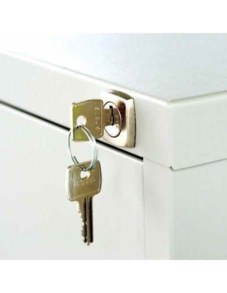 Detalle cerradura y llaves archivador despacho 3 cajones light de Bisley en blanco
