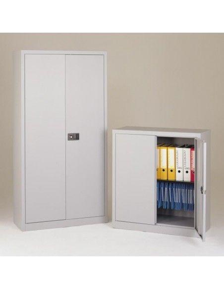 Armarios oficina metálicos de puertas abatibles con 4 estantes de Gapsa en color blanco