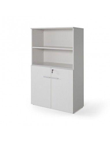 Armario oficina de madera con puertas bajas, cerradura y estantes de JGorbe en color gris claro