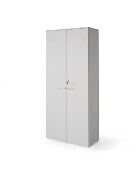 Armario oficina con llave alto de madera de JGorbe con cerradura y estantes en color gris claro