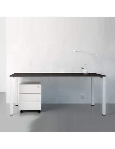 Mesa escritorio Q50 de AIC Martínez Medina
