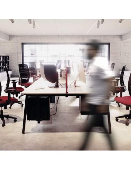 mesas para trabajo en equipo serie torii con panel separador personalizable