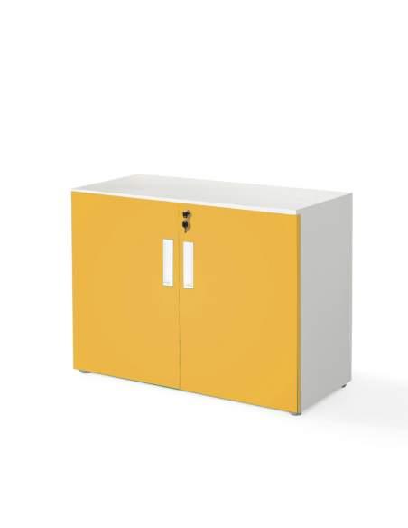 armario oficina bajo con puertas color mostaza