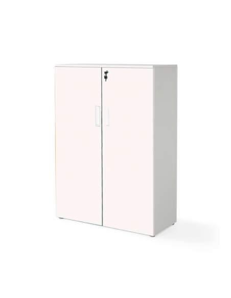 Armario oficina mediano con puertas con cuerpo en blanco y puertas rosas