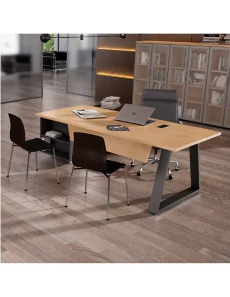 Escritorio para despacho de dirección con mueble auxiliar