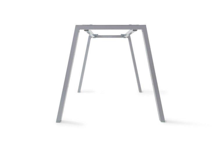 Detalle inclinación estructura de la mesa Atrio