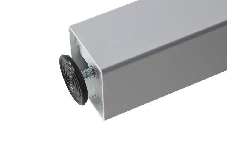 Detalle nivelador pata mesa serie Eco